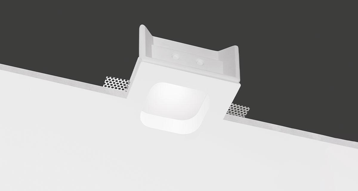 FOCUS | 145 mm squared recessed lighting with rounded light emission hole and 30 mm rearward frosted glass