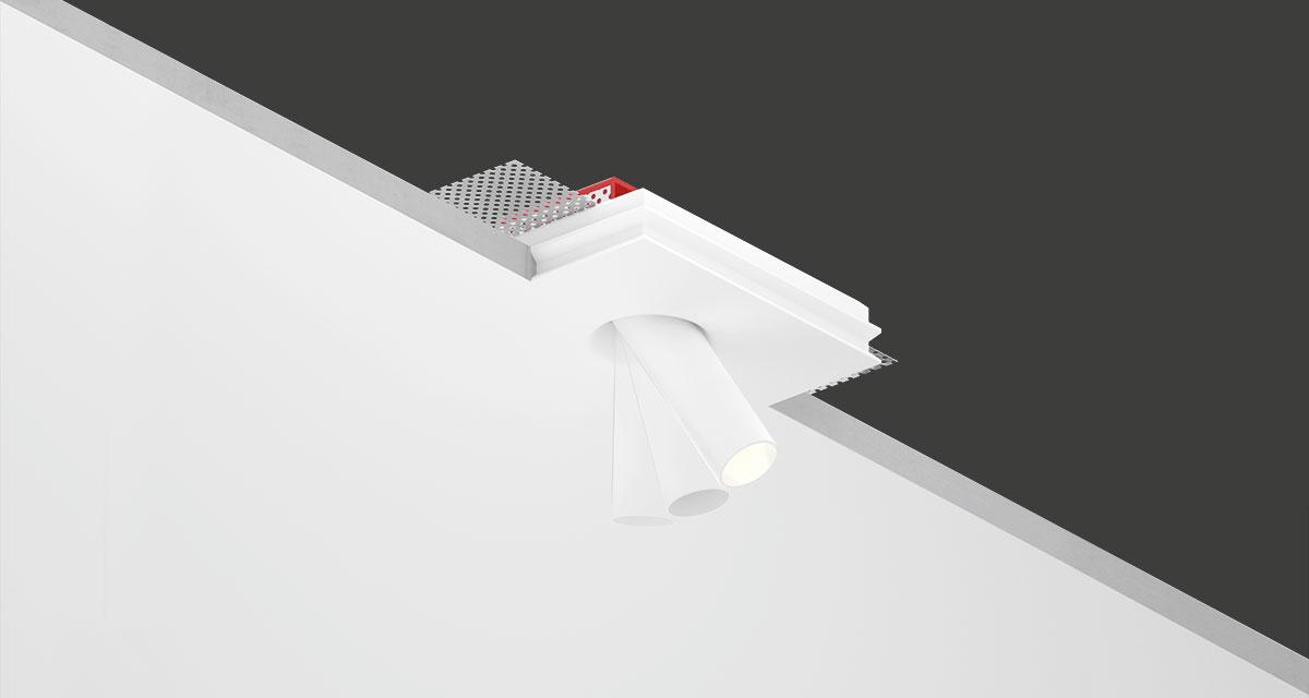 "INZETA | 125 x 100 mm (4.92"" x 3.94"") rectangular recessed luminaire with Ø 23 mm (0.90"") aluminium projector and inclinabile by 35° and adjustable on the vertical axis at 360°"