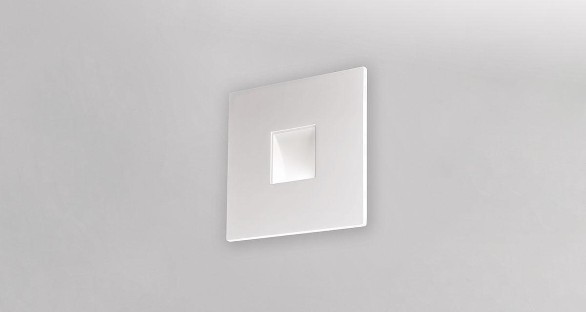 FRAME | 450 mm wall luminaire with parabola and various artistic finishings