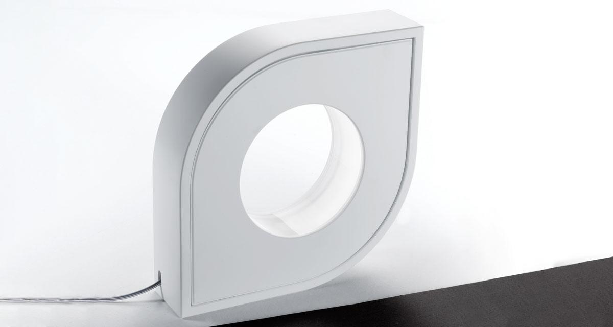 HOLE | 290 mm water-repellent round or table lamp and clear silicone cable