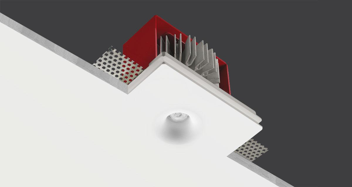 GENIUS CURVE | 125 x 100 mm rectangular recessed luminaire with Ø 20 mm curve light emission hole