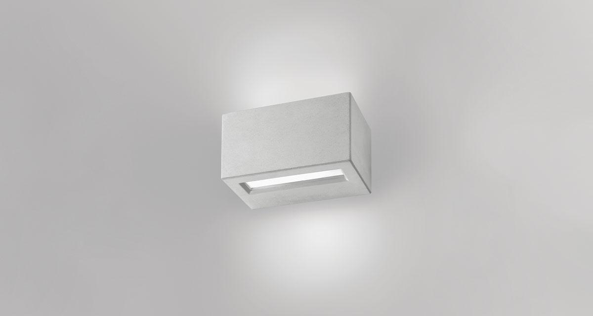 MINIVIRTUS IP65 | 235 mm exterior wall unit, bi-emission and frosted glass diffuser, paintable