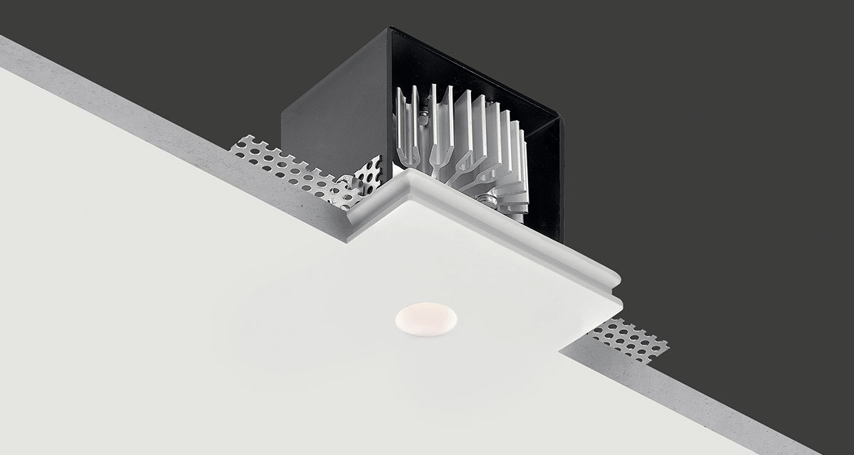 "GENIUS BASIC | 90 mm (3.54"") square recessed lighting with Ø 20 mm (0.79"") light emission hole"